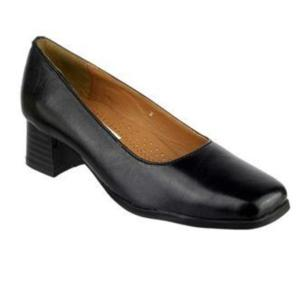Walford Black Ladies Court Shoe